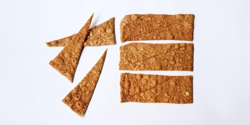 Picture of Lavash Triangle Parmesan